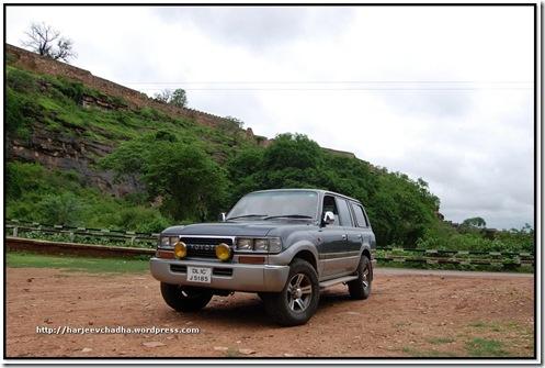Neeloy FZJ80 Gwalior Fort